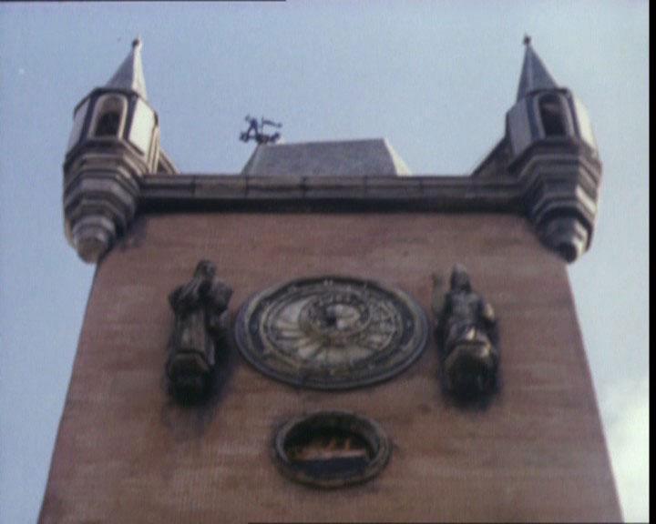 Скачать mp3 бьют часы на старой башне