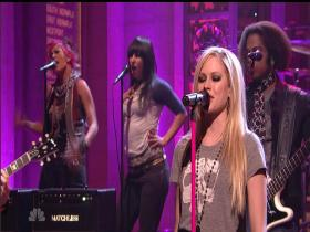 Avril Lavigne Girlfriend (Saturday Night Live 2007) (HD)