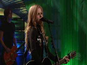Avril Lavigne Nobody's Home (The Tonight Show with Jay Leno, Live 2005) (HD)