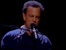 Billy Joel Piano Man (Live)