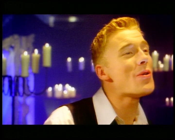 Boyzone Love Me For A Reason