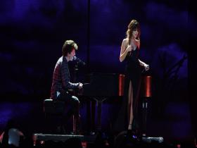 Charlie Puth We Don't Talk Anymore (feat Selena Gomez) (Revival Tour, Live 2016) (HD)