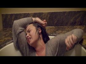 Demi Lovato Stone Cold (HD)
