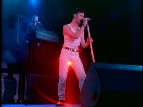 Depeche Mode Everything Counts (Live)