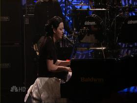 Evanescence Lithium (The Tonight Show with Jay Leno, Live 2007) (HD)