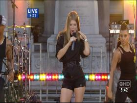 Fergie Glamorous (Good Morning America, Live 2007) (HD-Rip)