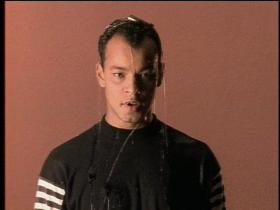Fine Young Cannibals She Drives Me Crazy (NTSC)