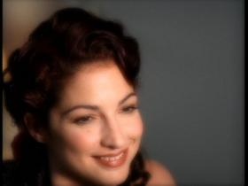 Gloria Estefan This Christmas