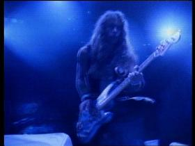 Iron Maiden The Clairvoyant (Live)