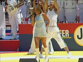Jennifer Lopez Let's Get Loud (Live at the 1999 FIFA Women's World Cup) (HD)