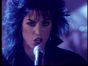 Joan Jett & The Blackhearts I Hate Myself For Loving You