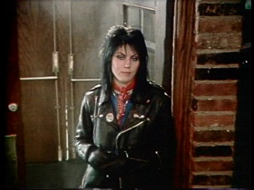 Joan Jett & The Blackhearts I Love Rock 'n Roll (Color Video)