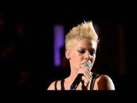 Pink Leave Me Alone (Live)