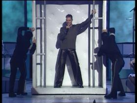 Ricky Martin The Cup Of Live (Live Grammy Performance)
