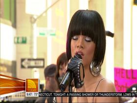 Rihanna Unfaithful (The Today Show, Live 2007) (HD)