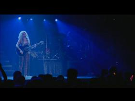 Shakira Live & Off The Record 2004