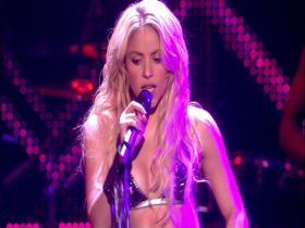 Shakira Loca (feat Dizzee Rascal) & Waka Waka (MTV Europe Music Awards, Live 2010) (HD)