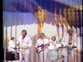 The Beach Boys Good Vibrations (Live on The Ed Sullivan Show, 1968)
