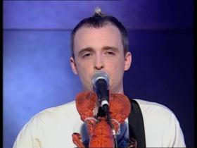 Travis Sing (Top of the Pops, Live 2001)